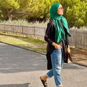 . . . ◾️Ça fait longtemps j'ai pas posté ici trop occupée mes sistas … je reviens très vite avec la news co avec de belles petites surprises !!!. . . Dites moi ici qu'est ce qui vous ferez plaisir cette hiver ◾️  #mode #modeetmastour #hijab #hijabi #tendance #love #cute #fashion #fashionstyle #fashionstyle #muslim #tendance2021 #modestfashion #modestelegance #hijabinspiration #hijabtutorial #fashionista